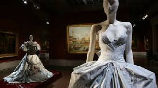 history of Fashion industry